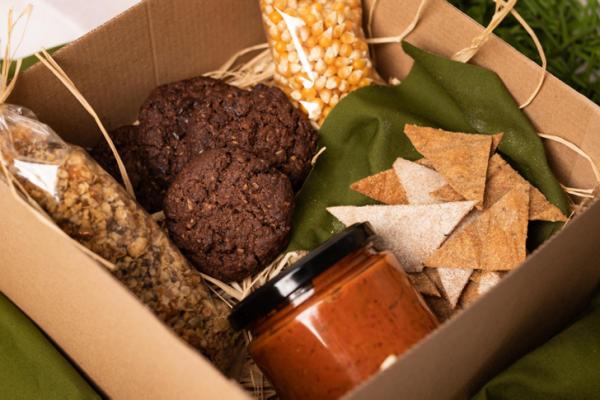 Kézműves, egyedi igényeitek alapján elkészített ajándékok I Granola, keksz, chutney-k, krémek I Fenntartható csomagolás